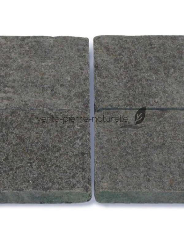 pav pierre naturelle en basalt noir flamm. Black Bedroom Furniture Sets. Home Design Ideas