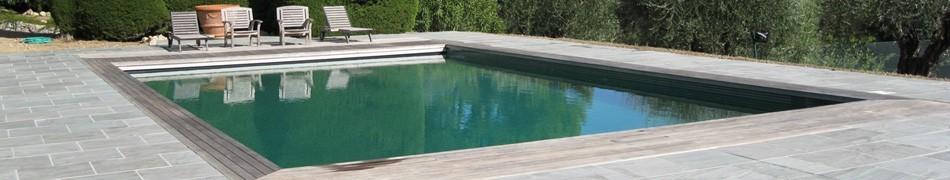 Margelles de piscine en pierre naturelle