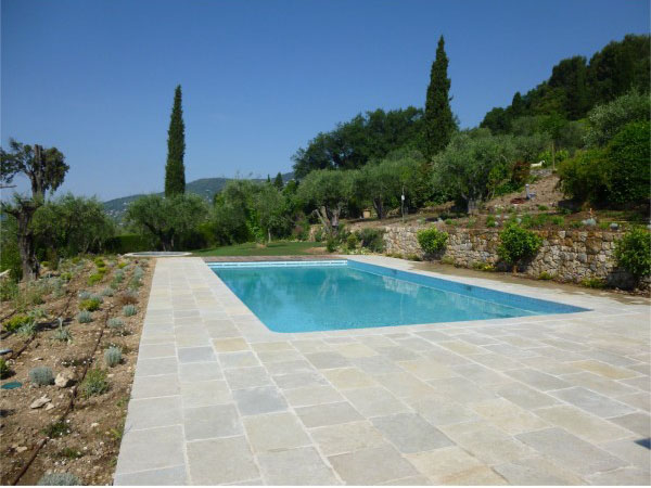 margelle piscine grès d'inde pierre naturelle